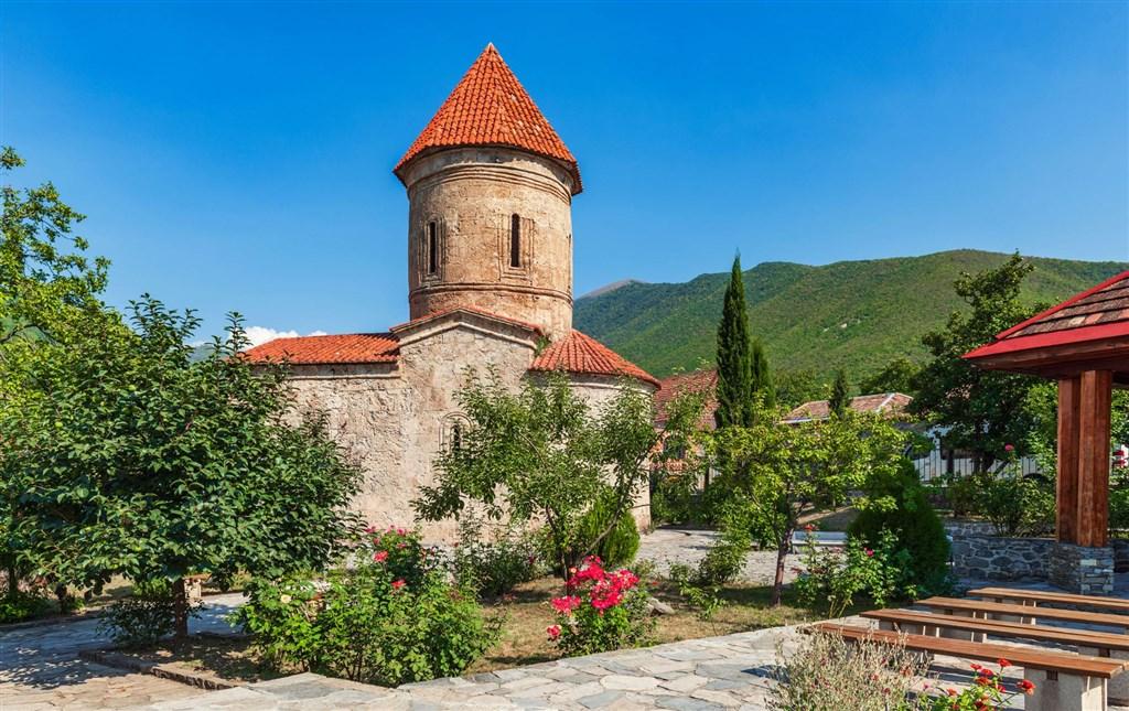 Azerbajžan - krajina ohňa - poznávací zájazd - 5 Popup navigation